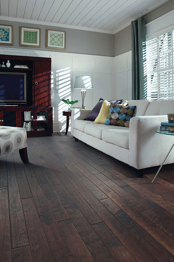 Interior Design Ideas for Large Living Rooms | Flooring America