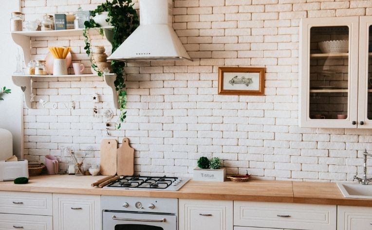 Winter 2020 Interior Design Trends in Kitchen Greenery
