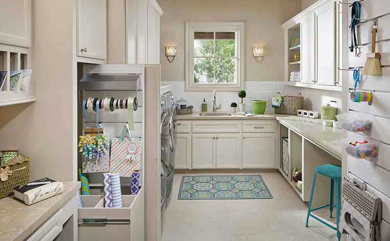 Creative Decorating Ideas for Small Spaces | Flooring America