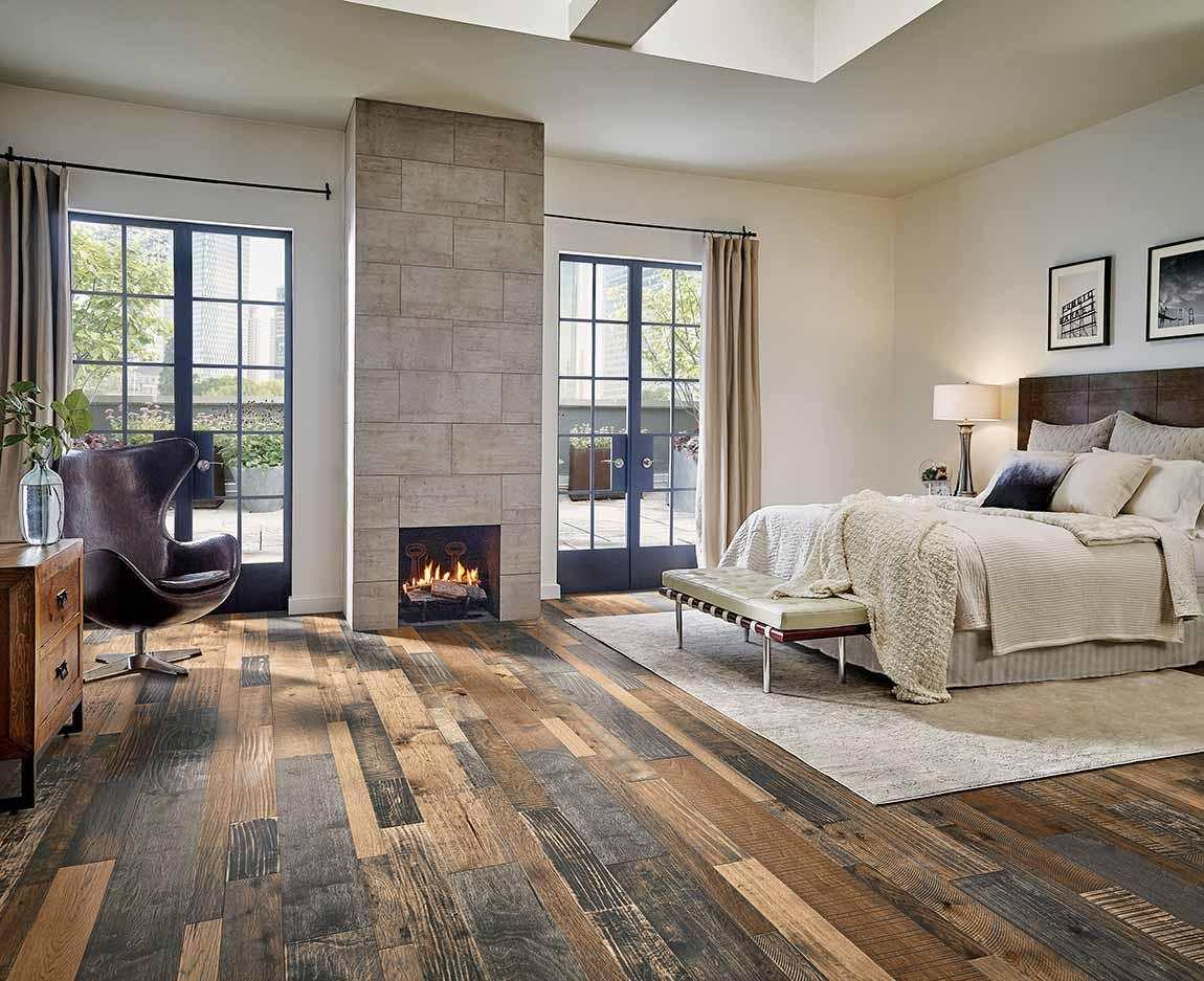 Rustic Farmhouse Bedroom Light Wood Look Design & Ideas | Flooring America