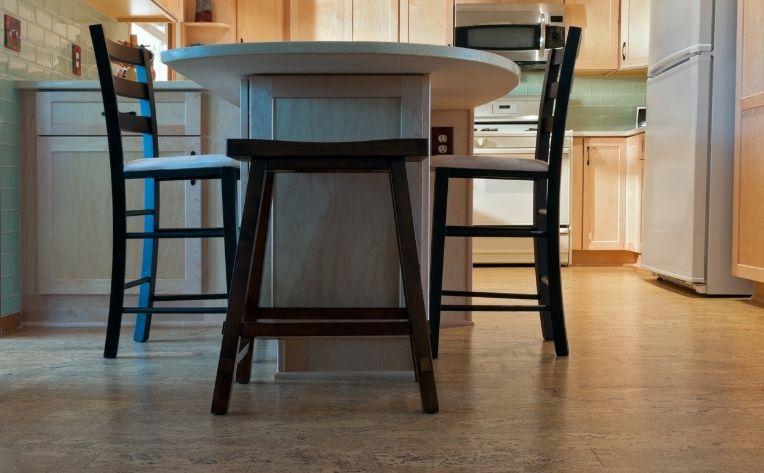 kitchen bare feet floors